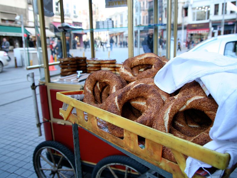 A simit stand in Istanbul, photo by Yigal Schleifer