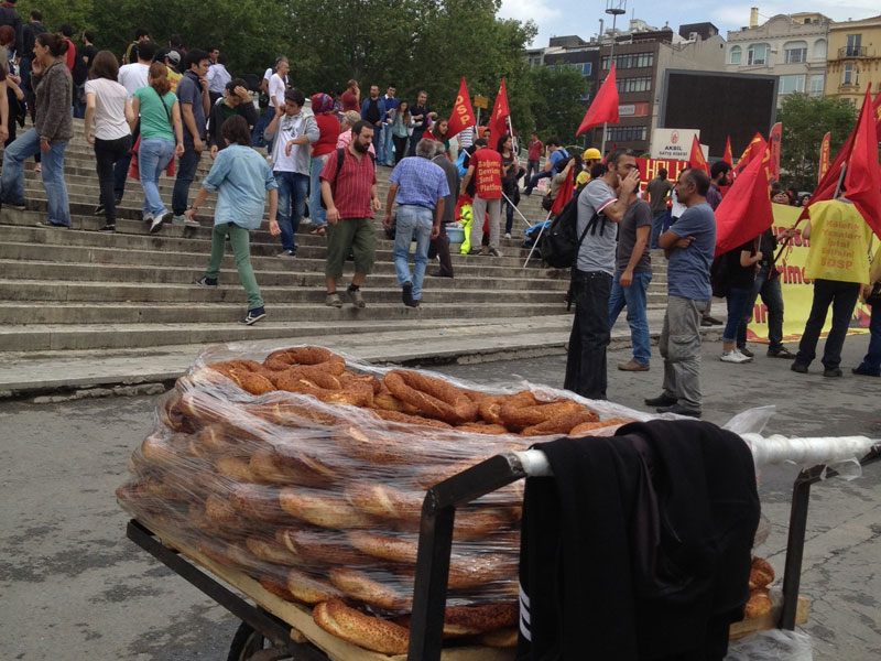 A simit stand near demonstrators in Taksim Square, photo by Ansel Mullins