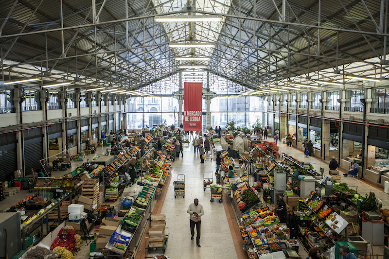 A time out for lisbon s market makeovers culinary for Chicago wholesale fish market