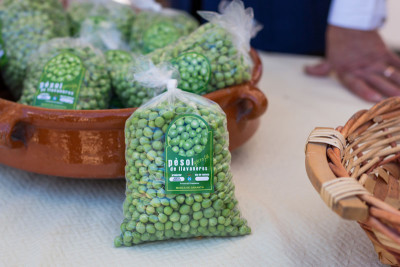 Sant Andreu de Llavaneres's famous peas, for sale at the Pea Festival, photo by Sam Zucker