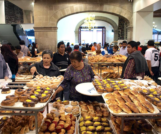 Pan dulce in Mexico City, photo by Yigal Schleifer