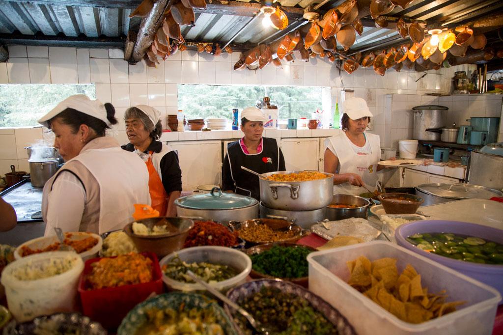 Restaurante Lety in Desierto de los Leones, photo by Alejandro Erreguín