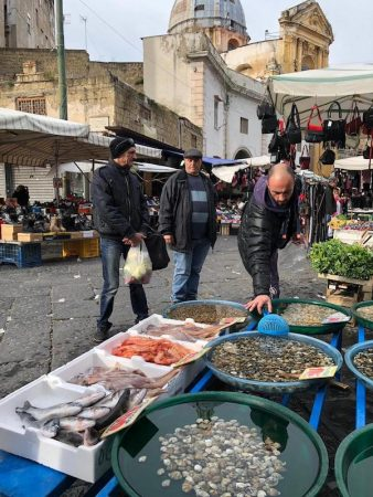fish market christmas naples