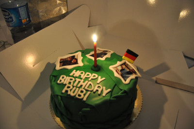 Rubi's birthday cake, donated by a baker in Istanbul, photo by Dalia Mortada