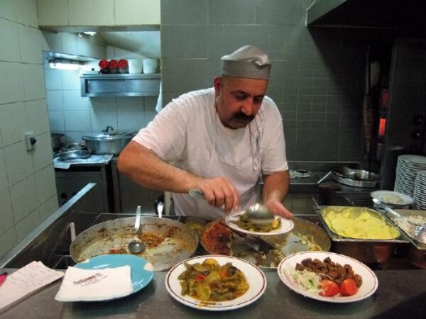 Şahin Lokantası, photo by Yigal Schleifer